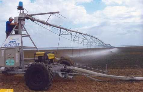 центральная мобильная опорная тележка с энергетической установкой и гибким водоподающим шлангом ДМФЕ «Фрегат»