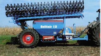 Транспортное положение сеялки Солитэр 12