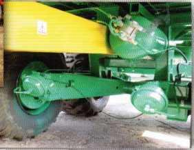 Вид ходовой системы машины МТУ-15