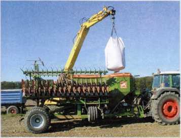 Загрузка сеялки Citan в транспортном положении