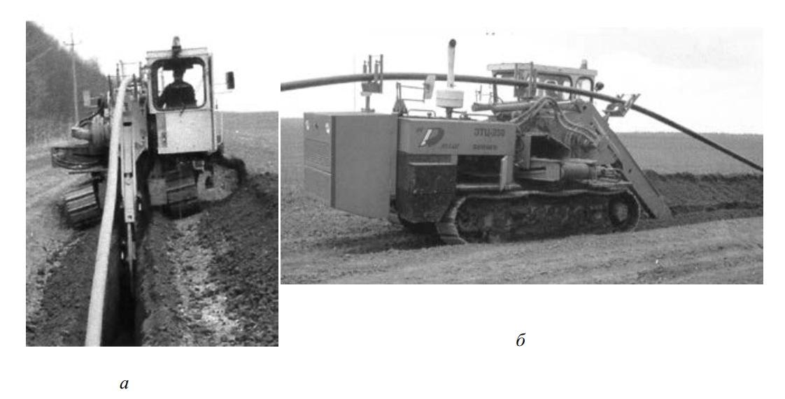 Вид экскаватора-траншеекопателя ЭТЦ-250 в рабочем положении