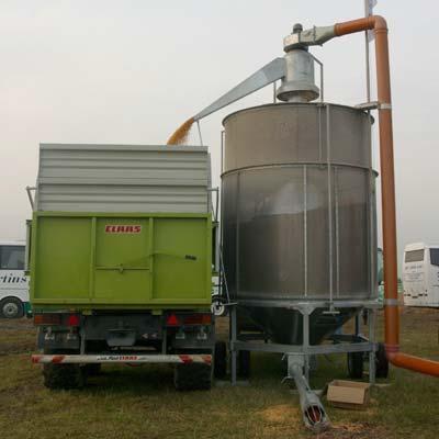 Зерносушильная мобильная установка типа GTR 1500 в работе